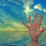 Sanovnik davljenje – Šta znači sanjati davljenje?