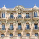 Sanovnik hotel – Šta znači sanjati hotel?